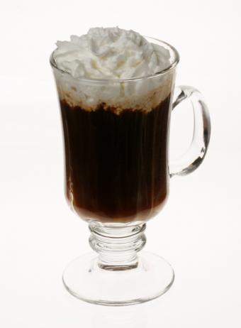 https://cf.ltkcdn.net/cocktails/images/slide/125698-594x808r1-Kahlua-coffee.jpg
