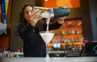 Basic Drinks to Know Before You Try Bartending