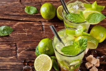 Sugar-free mojito cocktail