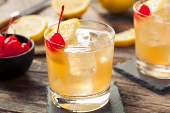 16 Popular Whiskey Drinks