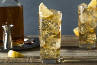 Scotch and soda highball