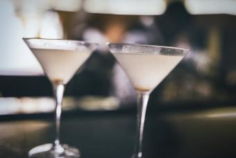 Dirty vodka martinis