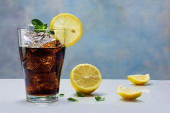 Mixed drink with cola