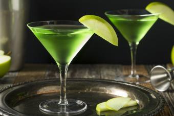 Sour Apple Martini Mix Drink Ideas
