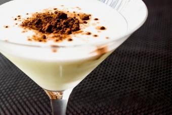 Grasshopper cocktail with cacao