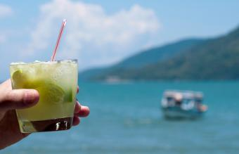 9 Easy Tiki Drink Recipes With Island-Inspired Taste