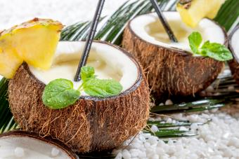 21 Coconut Rum Drink Recipes That Are Irresistibly Easy
