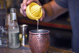 12 Popular Sweet and Sour Mixed Drinks