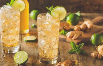 12 Ginger Beer Cocktails to Spice Up Your Night