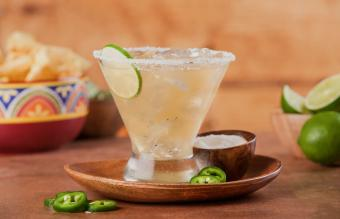 15 Spicy Cocktails: Lively Recipes You'll Love