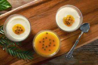 Passion Fruit Proseco Jelly Shots