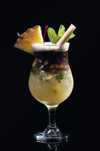 Pineapple and coconut mojito