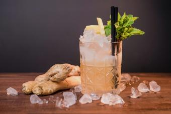 10 Ginger Ale Cocktails That Pack the Perfect Punch