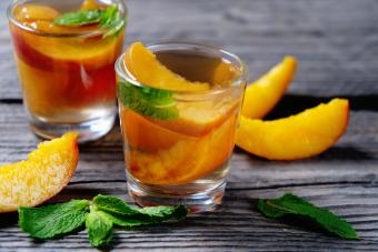 Peach Vodka Smash Cocktail