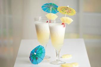 Virgin Piña Colada Recipe (The Ultimate Mocktail)