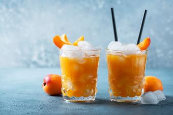 Fuzzy Navel Slush Recipe: A Cool and Charming Drink