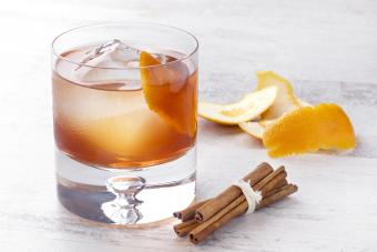 Apple Pie Old-Fashioned