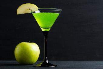 sweet tart apple schnapps cocktail