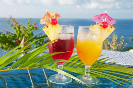 Non alcoholic tropical drinks lovetoknow for Fruity mixed drinks recipes