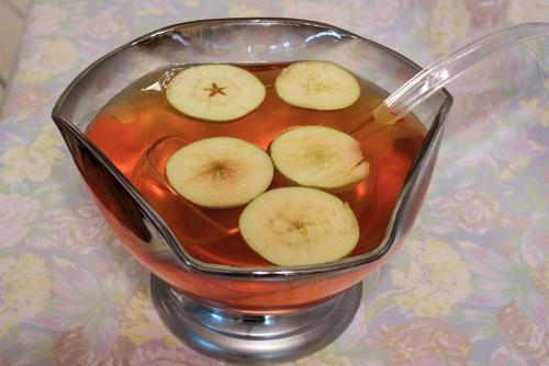 adult apple juice