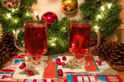 hot cranberry apply cider