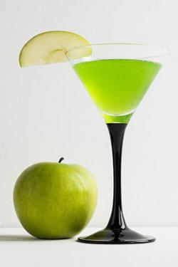 Apple Sweet Tart Cocktail