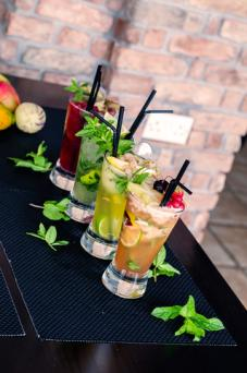 Different types of mojitos