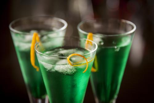 Midori ginger gin fizz