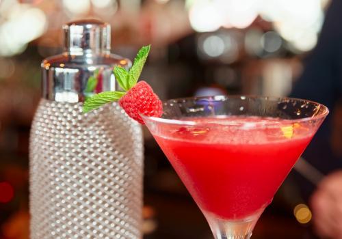 Sambucca gin martini