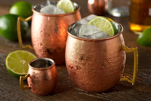 Sambuca mule cocktail