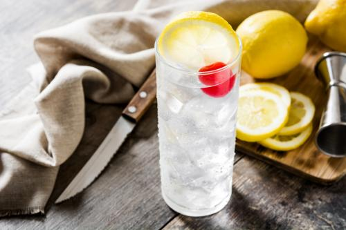 Sambuca collins cocktail