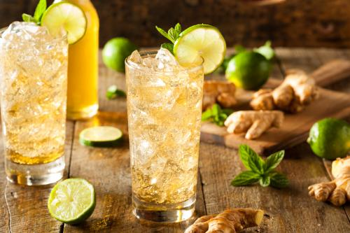 Ginger ale and vodka cocktail