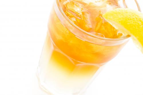 Boozy Arnold Palmer cocktail