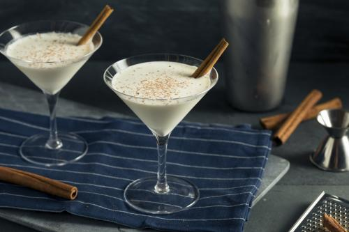White chocolate vanilla martini