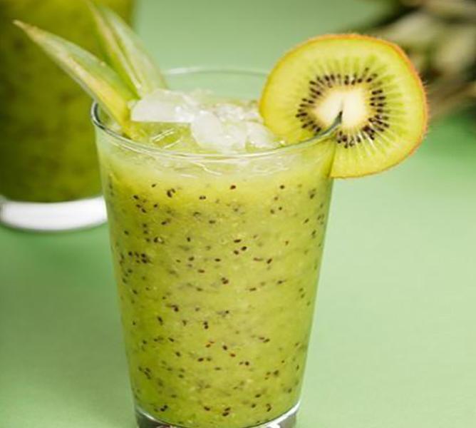 https://cf.ltkcdn.net/cooking/images/slide/200379-668x600-5-Kiwi-smoothie.jpg