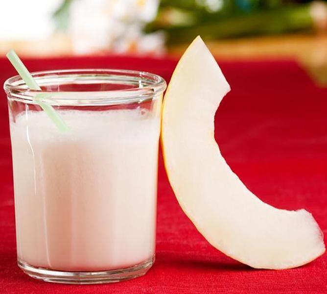 https://cf.ltkcdn.net/cooking/images/slide/200381-668x600-8-Melon-smoothie.jpg
