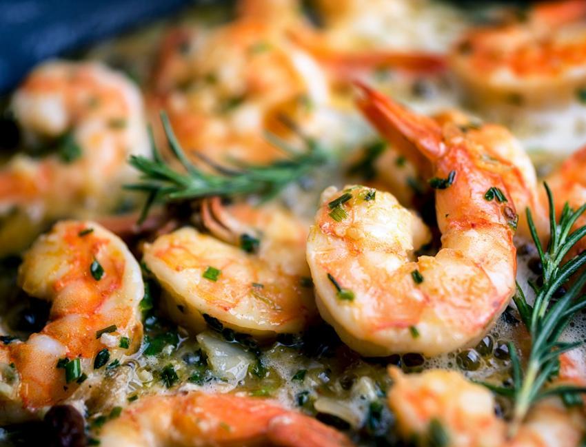 https://cf.ltkcdn.net/cooking/images/slide/202623-850x649-Garlic-Shrimp.jpg