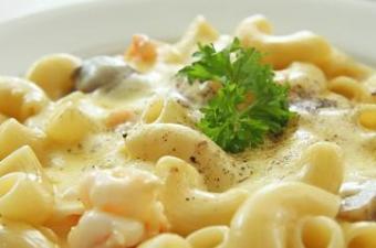 https://cf.ltkcdn.net/cooking/images/slide/152377-361x239-mac-and-cheese.jpg