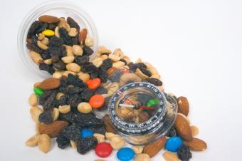 https://cf.ltkcdn.net/cooking/images/slide/152390-849x565-snack-mix-compass.jpg