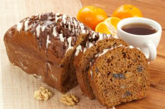 Fruit cake with raisins and walnuts