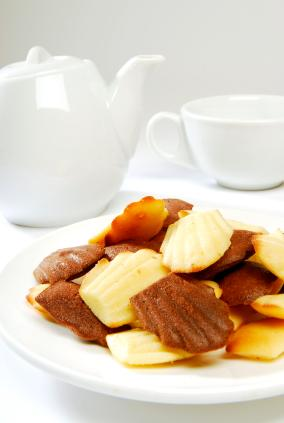 A mixed plate of Madeleines