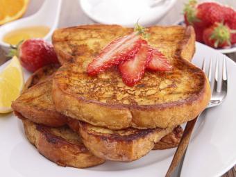 https://cf.ltkcdn.net/cooking/images/slide/189228-850x637-Grilled-French-Toast.jpg