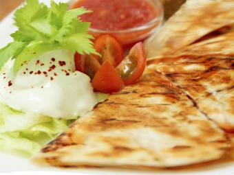 https://cf.ltkcdn.net/cooking/images/slide/189230-850x637-Grilled-vegetable-quesadilla.jpg