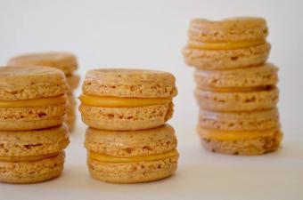 https://cf.ltkcdn.net/cooking/images/slide/201161-600x397-Jedd-Marrero-macarons.jpg