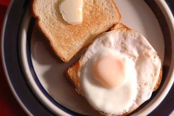 https://cf.ltkcdn.net/cooking/images/slide/221372-704x469-Fried-Over-Easy.jpg