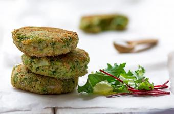Pan-fried vegetable fritters