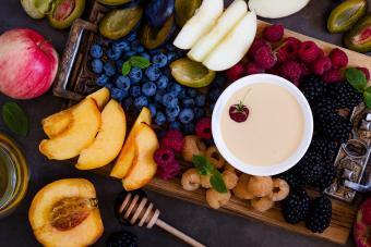 Pumpkin Yogurt Fruit Dip