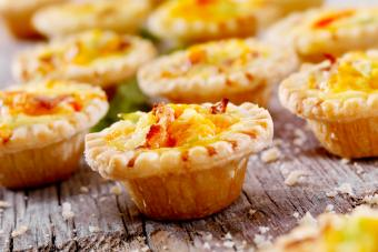Mini Quiche with Bacon and Cheese