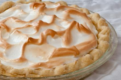 Banana meringue pie