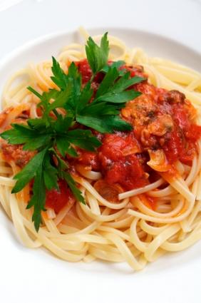 Red clam sauce with noodles